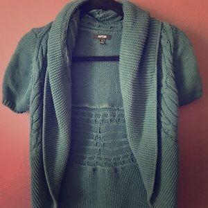 Short sleeve open sweater